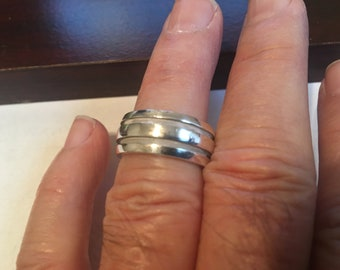 c4a456632 Tiffany & Co. Sterling Silver Atlas Collection Groove Stripe Wide Band Size  7