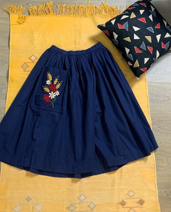 cotton half circle 1950s skirt huge embroidered po