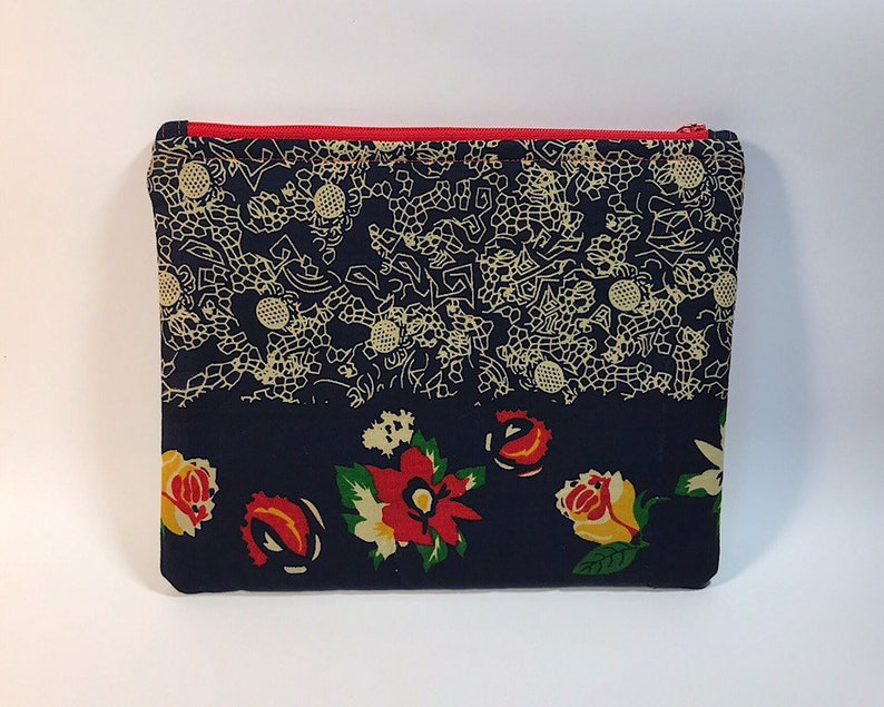Embroidery african fabric zipper pouch handmade in Pr\u00edncipe Island by Gilson
