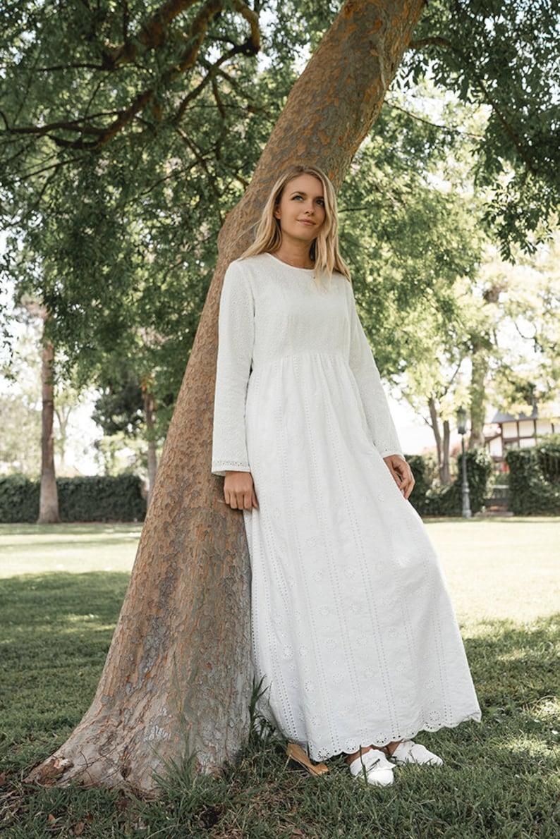 Vintage Tea Dresses, Floral Tea Dresses, Tea Length Dresses White Buttercup Dress $89.00 AT vintagedancer.com