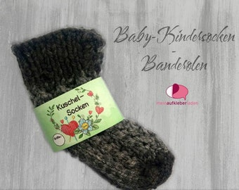 6 Kids - Sock Banderoles: Cuddly Socks - Green Heart | customizable, with 6 transparent adhesive points