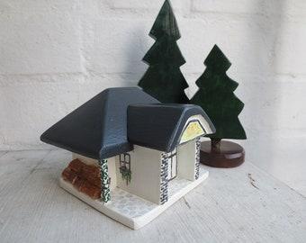 Bemaltes Holzhaus 12x9x10 Cm Grau Weiss Holzspielzeug Haus Etsy