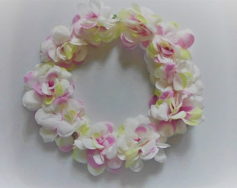 Wedding hair decorations flower wreath with delicate pink flowers for the little flower children