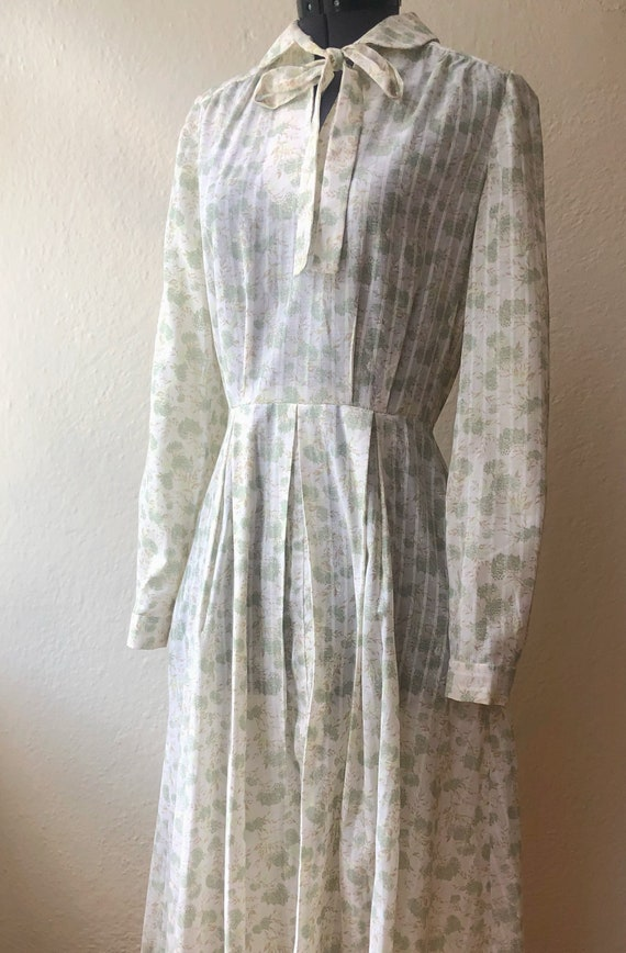 Vintage dress|1970s|Prairie midi dress|Cottagecore