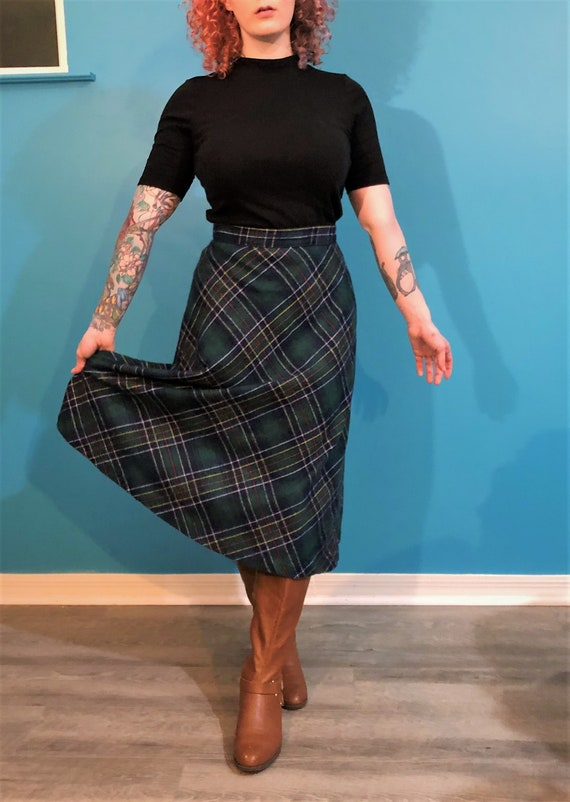1970s green plaid wool maxi skirt - image 2