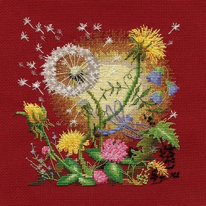 Gift Idea New Unopened Modern Cross Stitch Embroidery Kit Warm Fall by Russian Manufacture Autumn Atmosphere October in the city