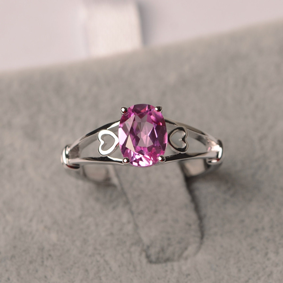 Pink sapphire ring oval cut white gold solitaire image 0