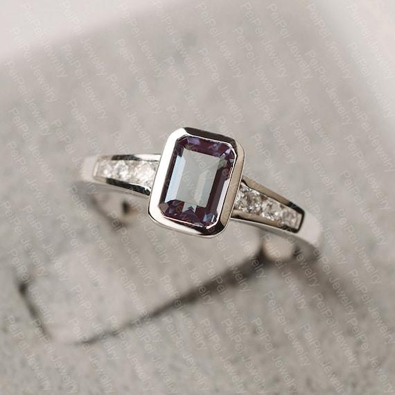 June Birthstone Alexandrite Bezel Ring Mother/'s Day Alexandrite Engagement Ring Bezel Ring Alexandrite Alexandrite Ring