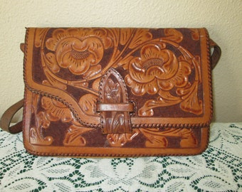 26d128f45009 Tooled leather purse | Etsy