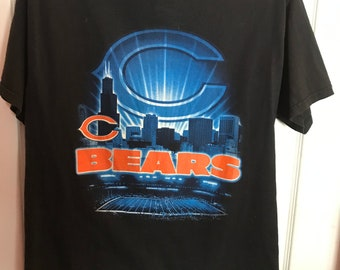 81a42916 Chicago Bears NFL Skyline Monsters of the Midway Shirt Size Medium