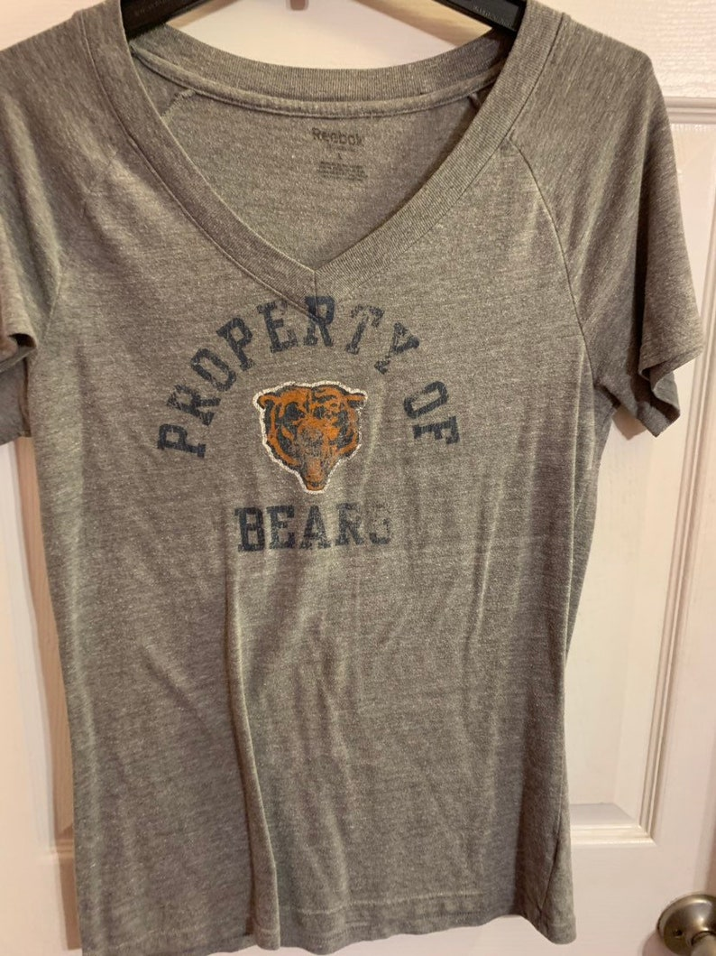 new arrival b47a7 7a42a Chicago Bears Womens NFL Shirt Size Large