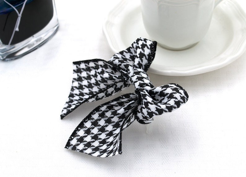 Stylish Classic Accessory Houndstooth Black and White Hair Bow