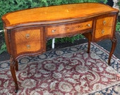 1910s Antique French Louis XV Walnut Satinwood inlaid Vanity Desk Ladies Desk