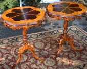 1920s Pair of French inlaid Walnut and Satinwood Side tables End Tables