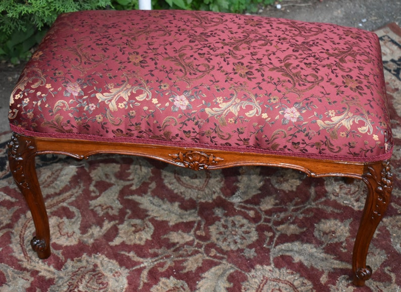 Enjoyable 1920S French Louis Xv Hand Carved Walnut Vanity Bench Stool New Upholstery Gamerscity Chair Design For Home Gamerscityorg