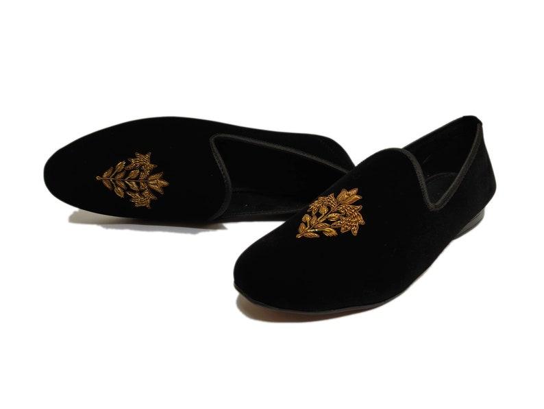 Men's 1920s Shoes History and Buying Guide Men Luxury Hand Embroidery Bespoke Zardozi Velvet Slip On Tuxedo Shoes Casual Hand Made Bullion Thread Loafers For Men & Boys $109.00 AT vintagedancer.com