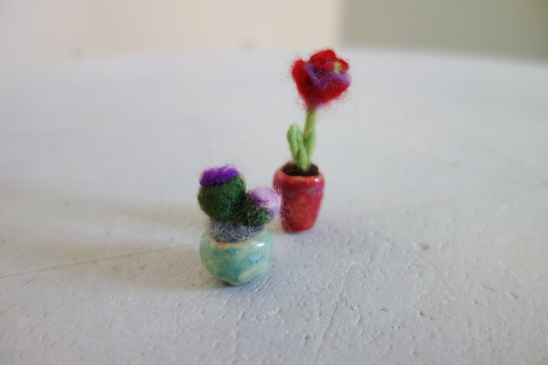 micro felted flower miniature garden plants in ceramic pot for dollhouse for collectors