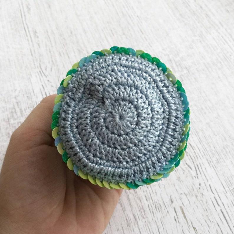 Mermaid scales coin purse for little girl Clasp holographic handbag Mermaid favor bag Under the sea party Crochet coin purse Kiss lock