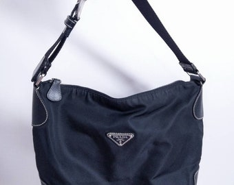 Vintage black nylon Prada shoulder bag 00fb67d16ef8d