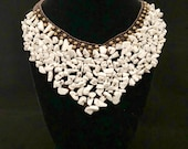 Handmade necklace stone and pearl