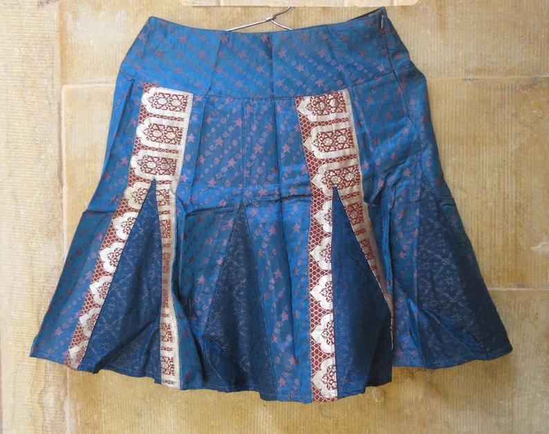 Handmade Silk Embroidery Skirt Indian Floral Design Short Girl/'s Skirt Indian Belly Dance Skirt Hippie Skirt Festival Skirt