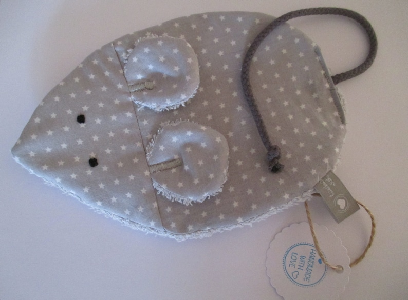 Crackling cloth mouse Milli in grey with stars on the back Gray