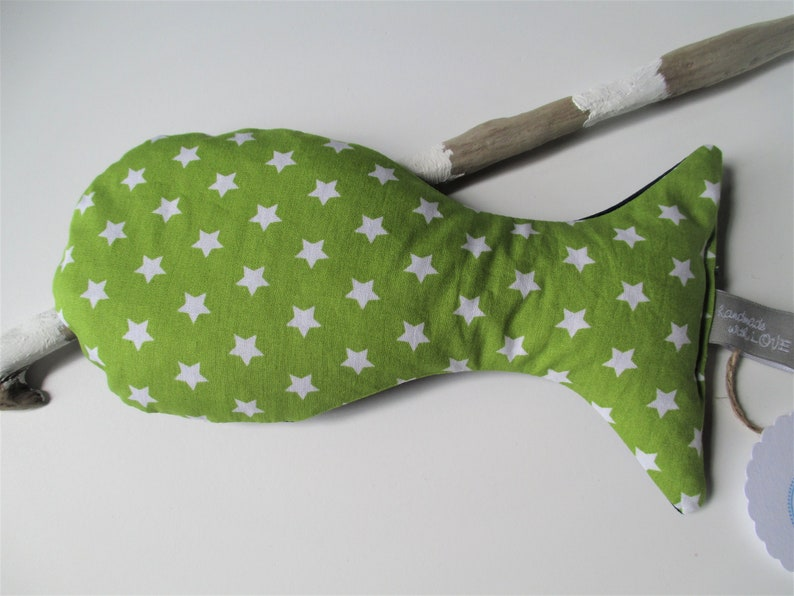 Baby grainfish Ole with biory filling 19 cm apple green with image 0