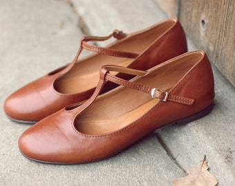 04bf8384e45 Retro style cognac brown genuine leather ballet pumps