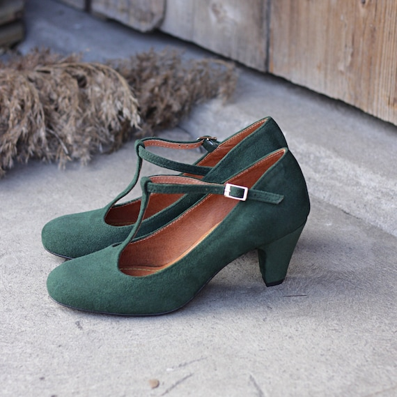 Retro style natural bottle green suede