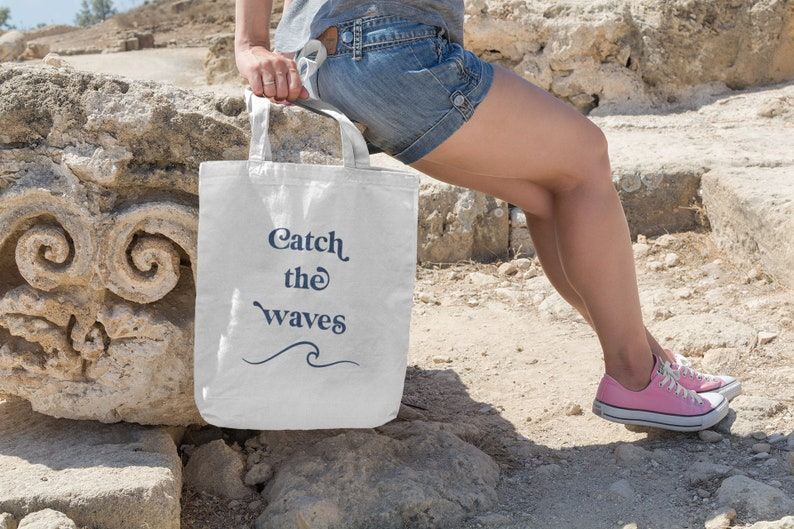 Organic cloth bag Catch the waves image 0