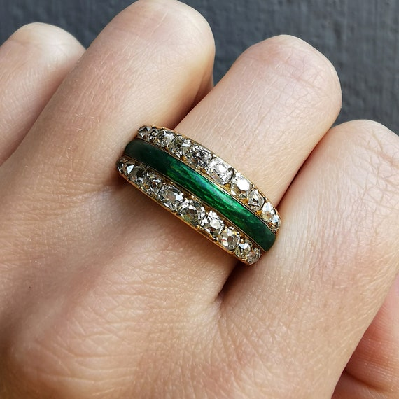 Antique 18ct Gold Enamel Diamond Ring