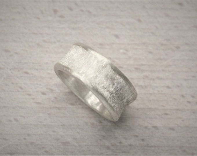 Ring silver concave