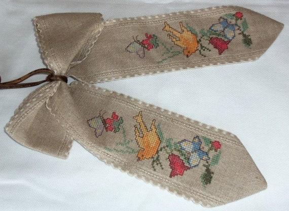 Vintage DECO loop cross-stitch beautiful handwork  e03