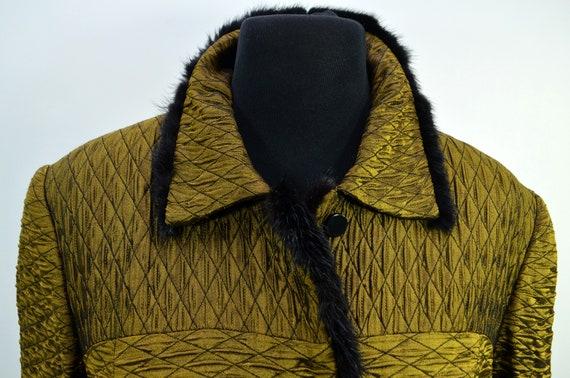 Cloqué Blouson gold black 70s - image 6