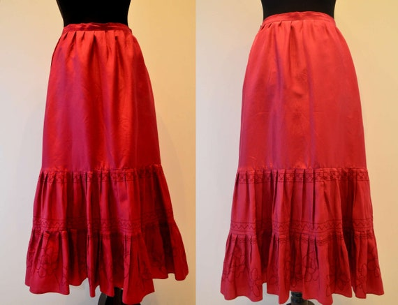 Step skirt silk cherry red embroidered designed in