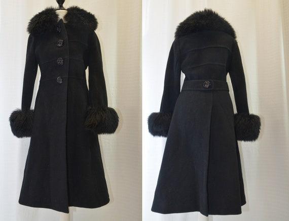 Vintage winter coat of the 70s black