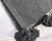 Moroccan pom pom cover Boho 150x100, Plaid pom pom woven Moroccan hand, Plaid marrakech, Plaid cotton trend