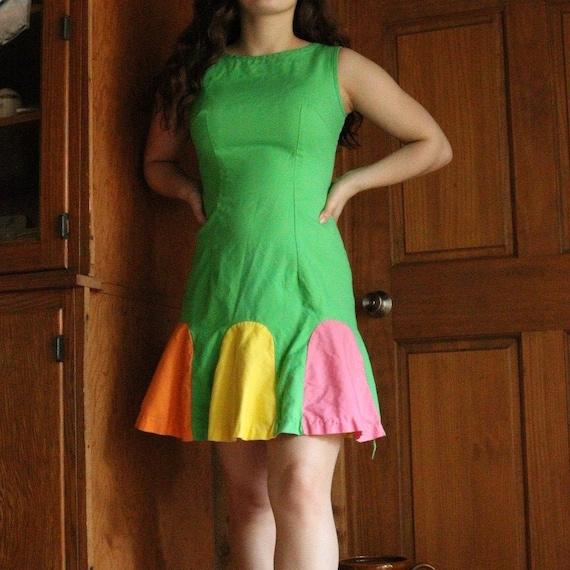 VTG 60s Twiggy Mod Flower Dress