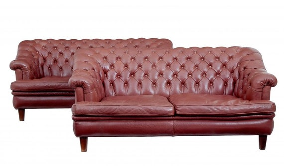 Marvelous Pair Of Mid 20Th Century Red Leather Chesterfield Sofas Bralicious Painted Fabric Chair Ideas Braliciousco