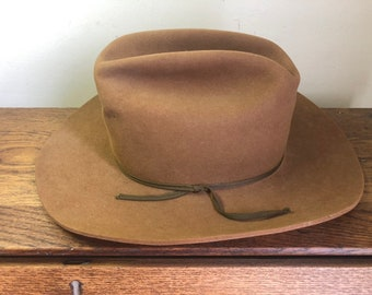 a0c39d850df466 Vintage Stetson XXX 3x Beaver Playboy Hat