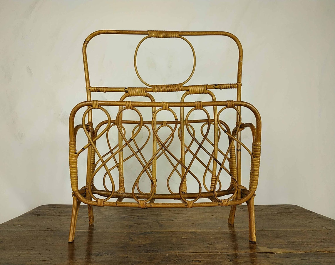 Vintage Bamboo Magazine Rack, Mid Century Bent Wood Newspaper Stand, Retro Wooden Home Storage, Aesthetic Room Decor, Rattan Book Stand