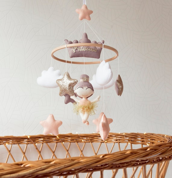 Princess and swan mobile Baby mobile girl gold stars baby mobile felt swan baby cot mobile nursery decor cute baby gift