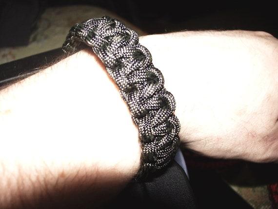 Bracelet en paracorde noir