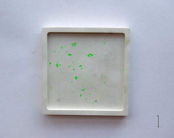 muted teal jewellery storage 8cm plaster coaster trinket dish fine casting plaster plaster of paris and pink
