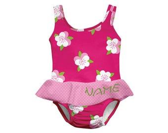 4511e0221e061 LÄSSIG Baby Tanksuit Gr. L mit Namen bestickt•Badeanzug mit  Schwimmwindel•Bademode fürs Baby•Baby Badeanzug•NeedleCat Stickatelier