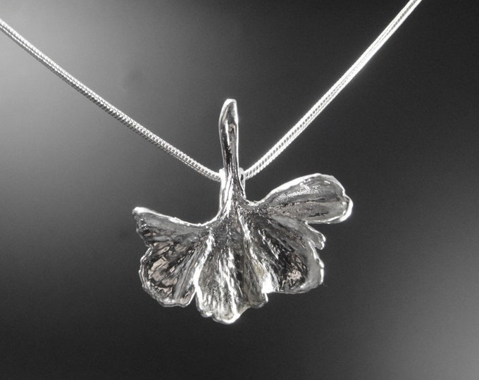 XS Ginkgoblatt silver plated with chain unique 20