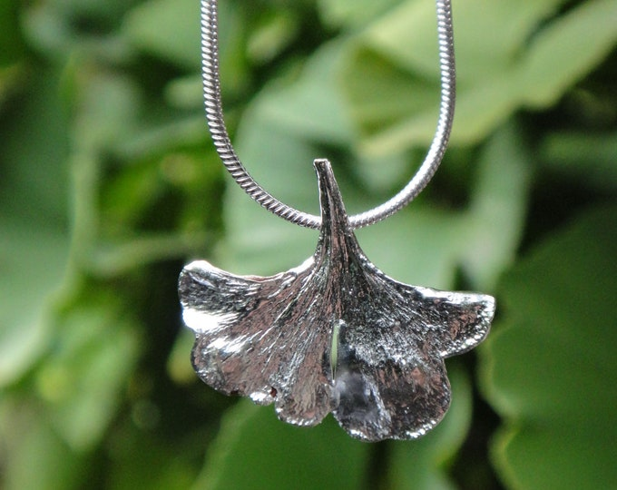 Real ginkgo leaf XS silver lbert lucky charm amulet Q