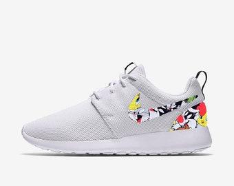 19912f6e6fdd Looney Tunes Custom Nike Roshe One