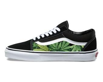 online retailer 04f71 b47d1 Cannabis Custom Vans Old Skool