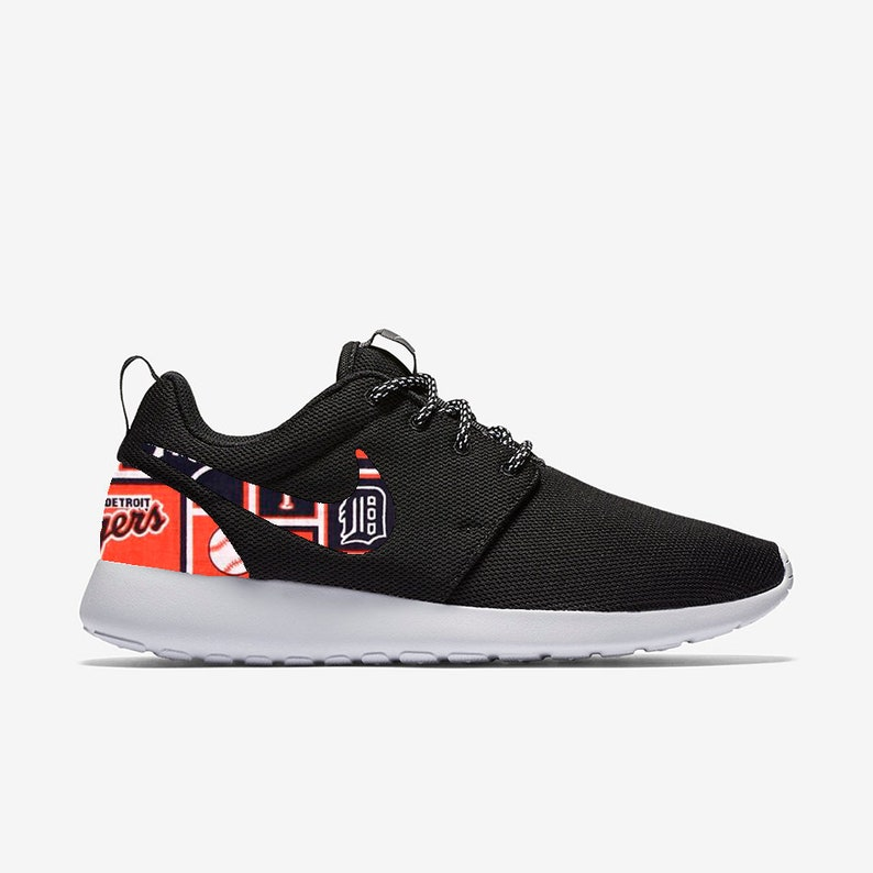 63cb62903a23 Detroit Tigers Custom Nike Roshe One